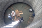 圧入沈下掘削作業